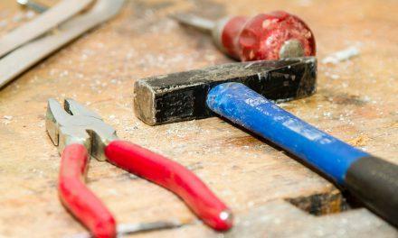 Cum se repartizează cheltuielile cu fondul de reparații într-o asociație de proprietari cu mai multe scări?